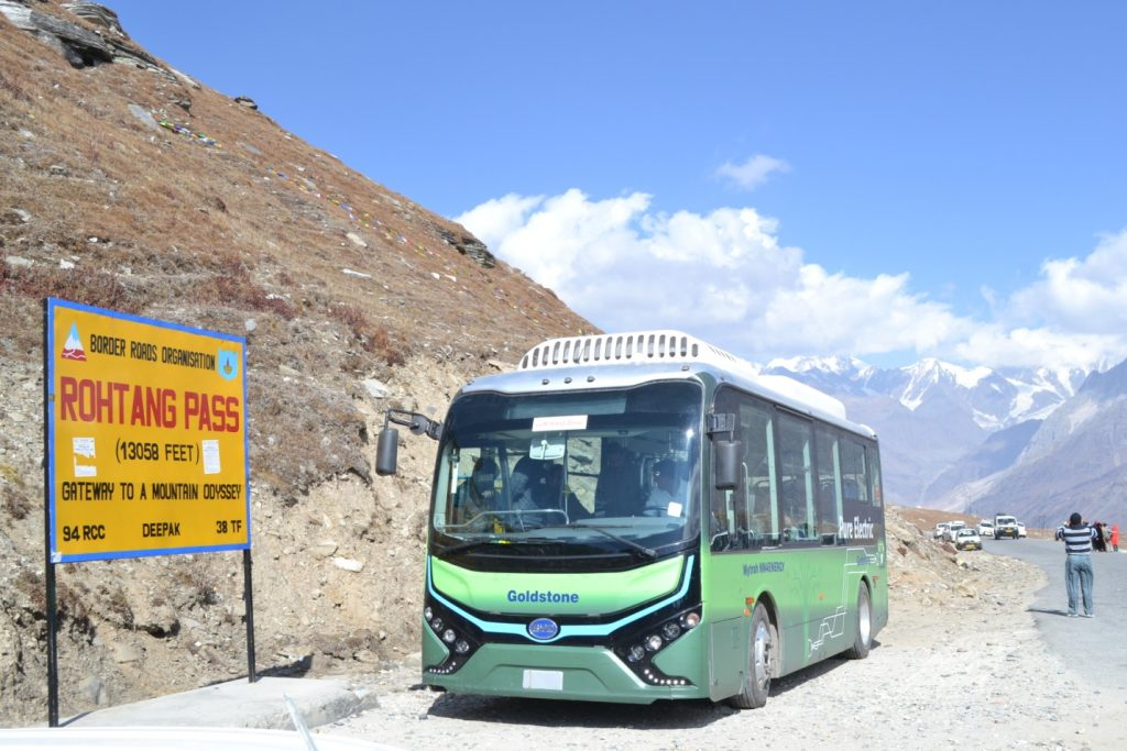 Manali Rohtang Pass Electric Bus.