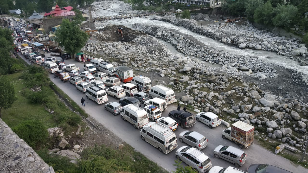 Manali Forced to Bring New Traffic Intend to Battle Massive Tourist Rush