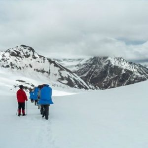 Top 6 Reasons to do Hampta Chandratal Lake Trek