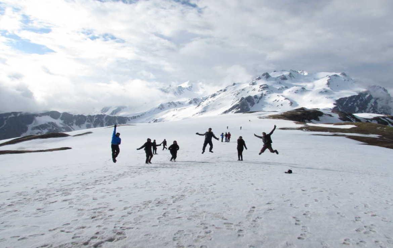 Longing to Beat the Stress? Hit the Sar Pass Trek